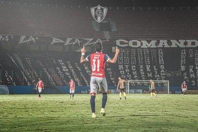 """Robert Morales: """"Me gustaría salir goleador del campeonato"""""""