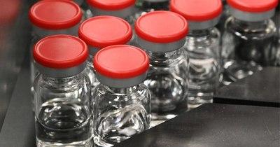 La Nación / Agencia europea reafirma apoyo a vacuna AstraZeneca