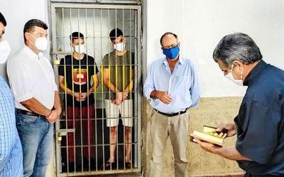 Liberales se reúnen para debatir sobre jóvenes presos
