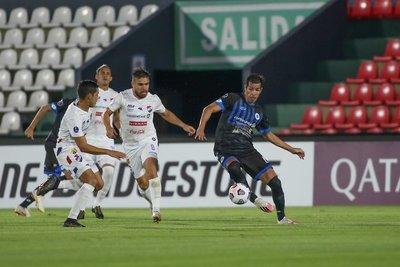 Los penales meten al 12 a fase de grupos de la Sudamericana