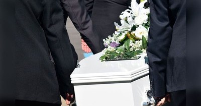 La Nación / Morir en Paraguay hoy cuesta G. 6 millones como mínimo