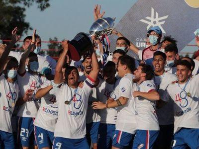 Nacional es bicampeón uruguayo