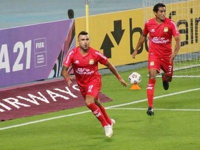 Huancayo avanza en la Sudamericana con goles brasileños y colombianos
