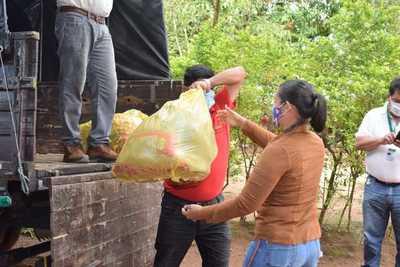 Gobierno inició entrega de víveres a familias relocalizadas de Itapúa