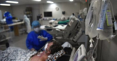 La Nación / Instan a colmar de amparos a la Justicia para que Salud pague deudas en sanatorios