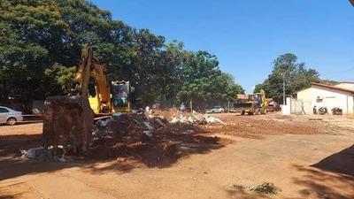 Caazapá: Intenso trabajo para la construcción del pabellón de contingencia