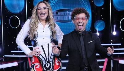 """Clara Franco ante el duelo telefónico en """"Canta Conmigo Paraguay"""""""