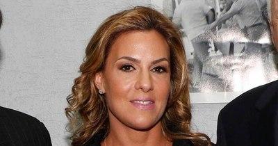La Nación / Postergan juicio oral de Natalia Zuccolillo porque  está en Miami