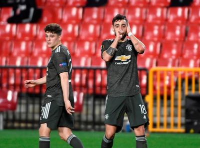 El United le hace pisar tierra al Granada
