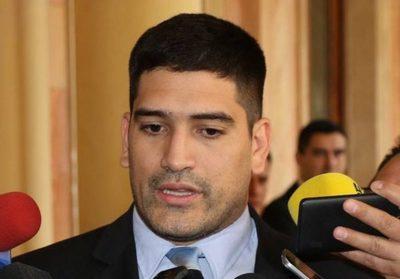 """Espínola tras comunicado de EEUU: """"Si yo fuese Ulises Quintana declinaría mi candidatura"""""""