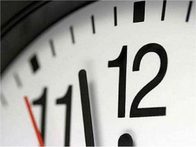 Senado se ratifica en su decisión y mantiene horario de invierno