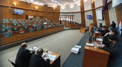 Senado recorta 'aumentazos' y deja beneficio para quienes ganen hasta G. 5.400.000