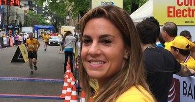 La Nación / Por viaje de Natalia Zuccolillo a Miami postergan juicio oral