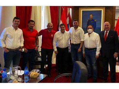 El entorno palaciego recomienda a Quintana declinar su candidatura