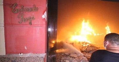 La Nación / Anuncian amparo en el caso de la quema de la ANR