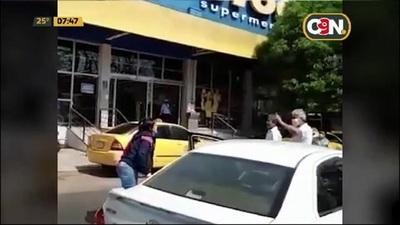 Taxistas vs. conductores de plataformas digitales en San Lorenzo