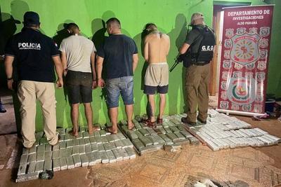 Detienen a tres personas e incautan marihuana en Ciudad Nueva