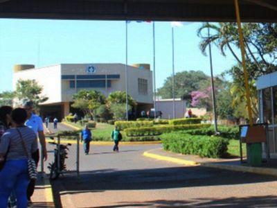 Hospital Nacional: Se verificará planta de oxígeno tras fuego cruzado entre firma y directora
