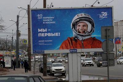 Nave rusa Soyuz rinde homenaje al cosmonauta Yuri Gagarin