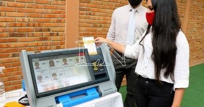 La Nación / Habrán unos 53.000 precandidatos/as a elegir en las internas municipales del 20 de junio