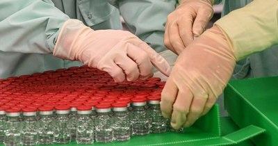 La Nación / AstraZeneca entregará con retraso la mitad de vacunas en Europa