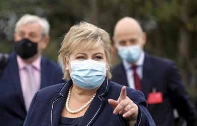 Noruega: primera ministra fue multada por violar medidas anticovid