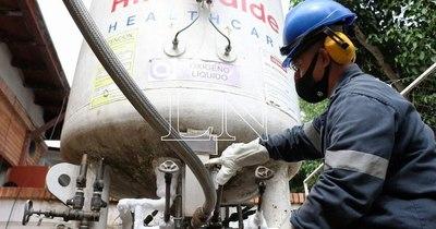 """La Nación / Oxígeno:""""Vamos a ver proveedores del extranjero, Cancillería está haciendo los trámites"""""""