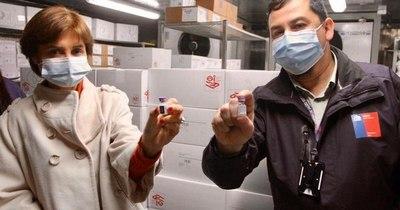 La Nación / Chile recibió 1,8 millones de vacunas Pfizer