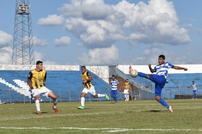 La Intermedia arrancó con un empate sin goles en la terraza del país