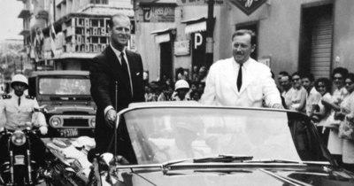 La Nación / El día en que Felipe de Edimburgo pidió a los paraguayos pensar más en los ingleses