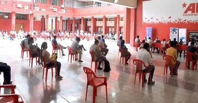 La Nación / La ANR habilitó la Feria de Empleo en formato híbrido con 32 vacancias