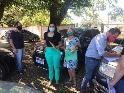 Entregan vehículos robados en el Brasil y que fueron recuperados en Paraguay