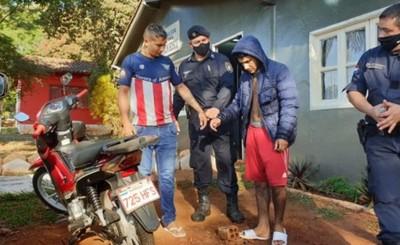 """Atrevidos """"motochorros"""" son detenidos tras asalto"""