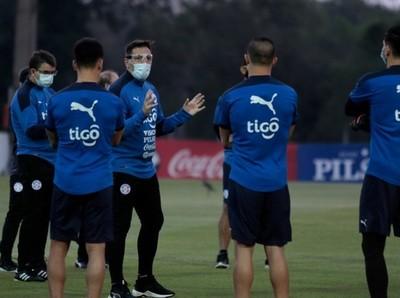 CT albirrojo continúa con seguimiento de futbolistas