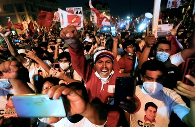 Perú elige presidente y Congreso en comicios condicionados por el coronavirus