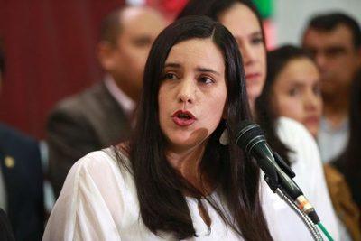 Mañana son las elecciones en Perú y Verónika Mendoza es la candidata más solvente, dice socióloga