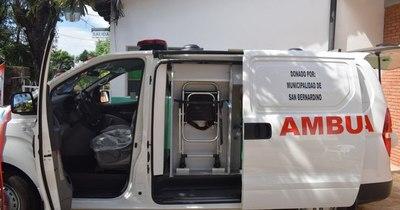 La Nación / Centro de Salud de San Bernardino cuenta con nueva ambulancia