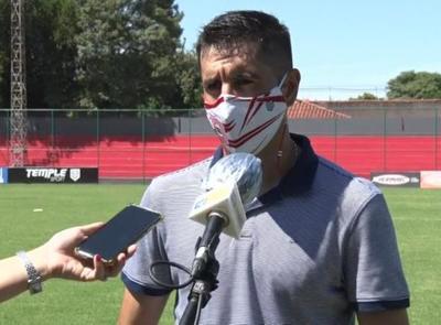 Mingo Salcedo se va tranquilo