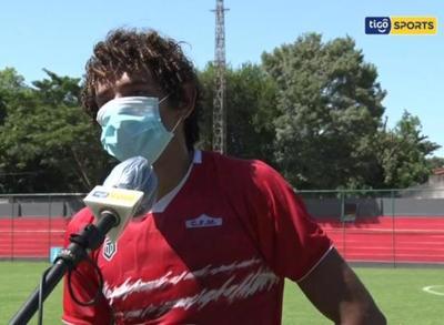 """Adrián Alcaraz: """"Fue un partido muy difícil"""""""