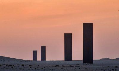 Nuevos arrestos tras vandalismo a escultura de Richard Serra