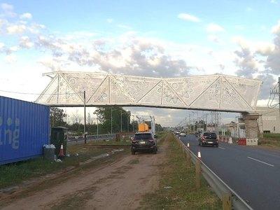 MOPC no da respuesta por qué US$ 2 millones por pasarela y Contraloría le exige acción