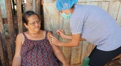 Concepción recibe primer lote de Covaxin e inicia vacunación a adultos mayores