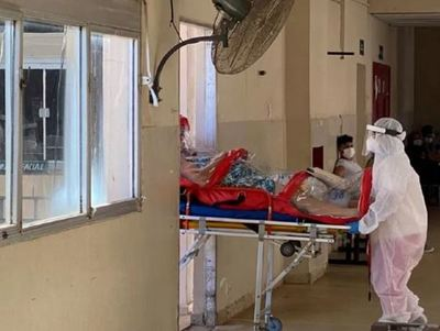 Joven consigue cama para su madre tras gritos desesperados al ministro de Salud