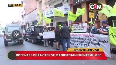 Docentes de la OTEP piden suspensión de clases presenciales ante colapso sanitario