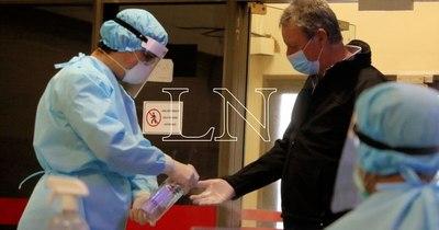 """La Nación / Estados Unidos, principal destino de paraguayos por vacunas: """"Van a probar suerte"""""""