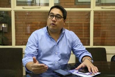Madurez política fue fundamental para lograr el consenso de la oposición en Asunción, según postulante