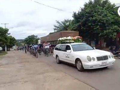 Con caravana de bicis despiden a ciclista arrollado