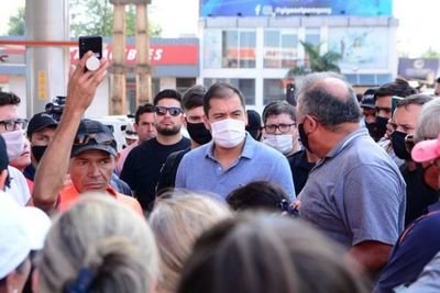 Anuncian huelga en la Municipalidad CDE y Prieto los acusa de conspirar con colorados