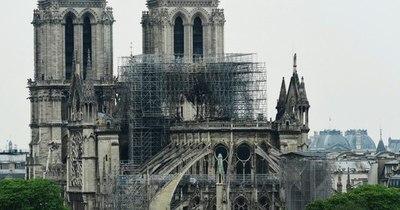 La Nación / Notre Dame, un largo camino hacia la reconstrucción