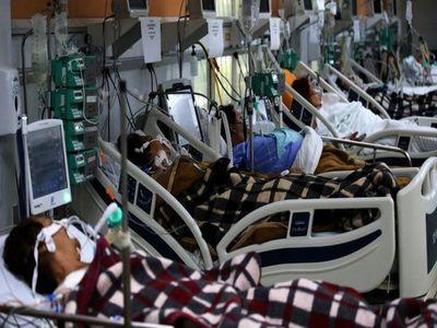 Brasil registra un alto ingreso de personas menores de 40 años a terapia intensiva que adultos mayores